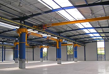 Steel structure of production and shipping hall, Dacice, Czech Republic