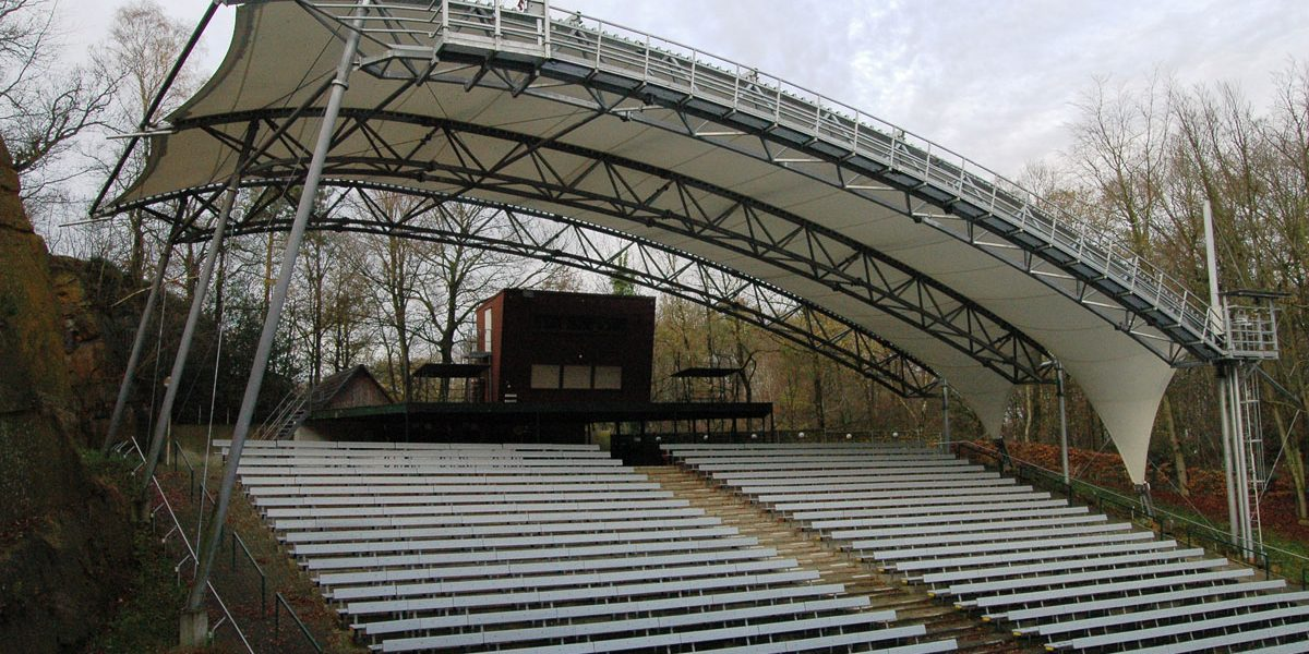 Roof for an open-air theater